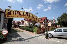-  városnéző hotel