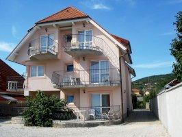 - vízközeli szállodák Balaton